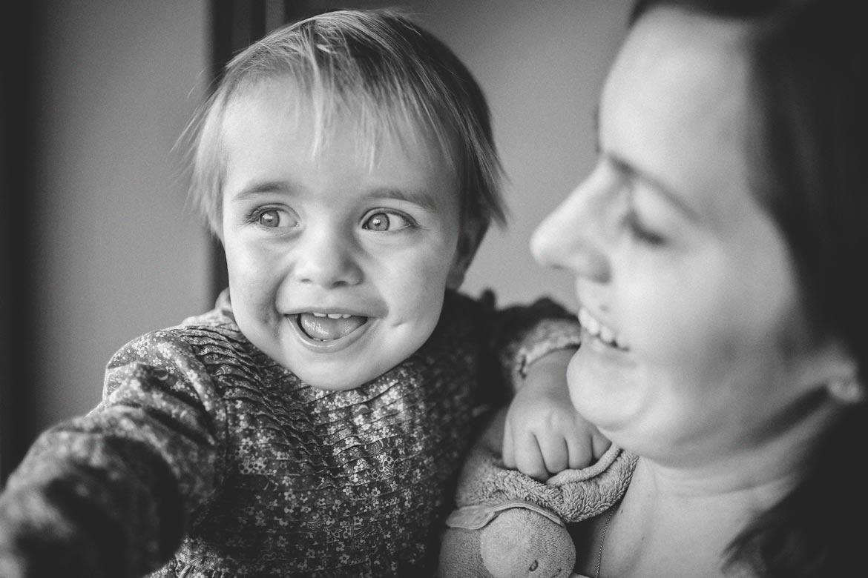 Séance photo maman enfant à domicile